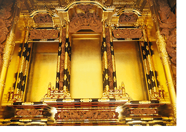 最高級仏壇の内陣彫刻です